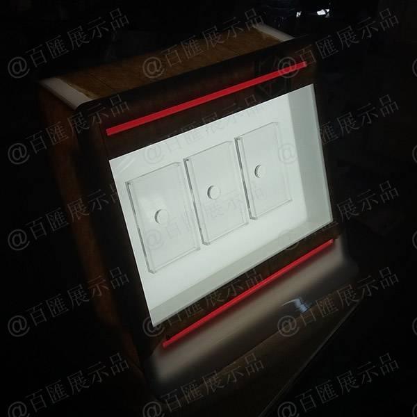 Marlboro 萬寶路香菸LED燈發光亞加力膠架 - 23