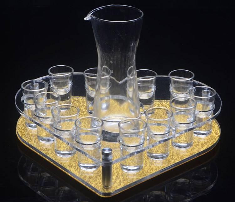 圓心形酒杯展示架